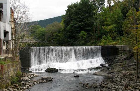 Dam, looking east